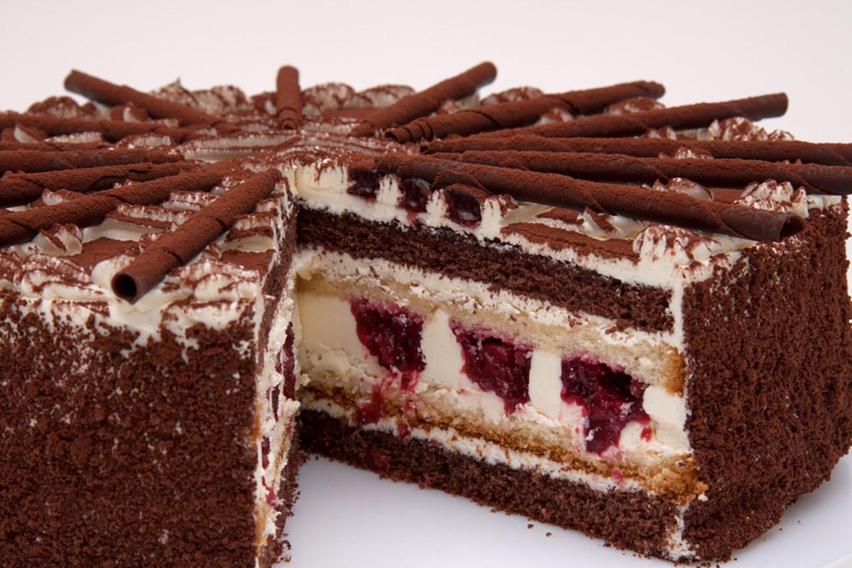 Schwarzwälder Creme Torte bei Confiserie Reichert